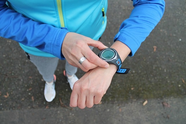 HELO LX Fitness Tracker Review