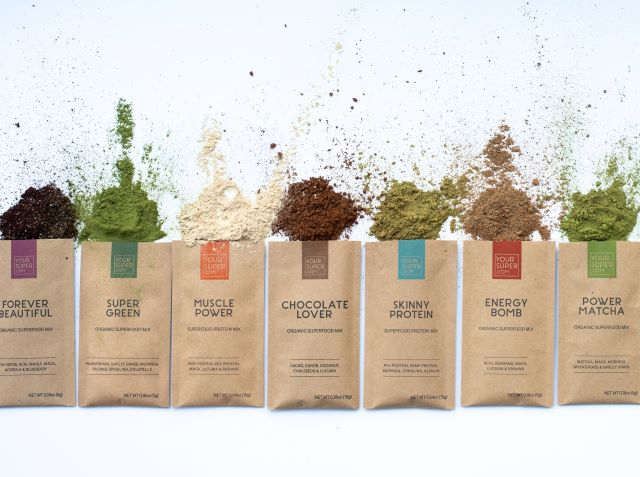 a review of the best superfood powder supplements