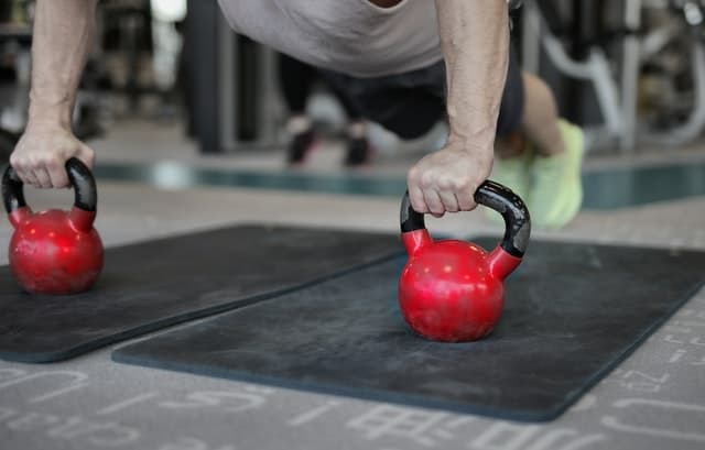 the best kettlebell abs workouts